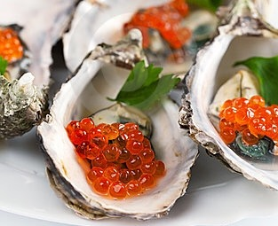 faux-caviar-5-on-oysters
