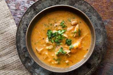 african-chicken-peanut-stew-horiz-a-1600